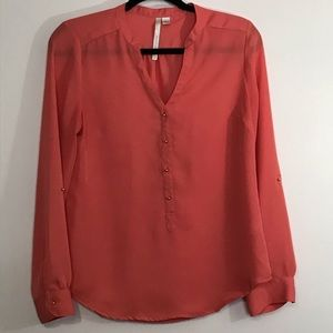 LC Lauren Conrad popover blouse tab sleeves